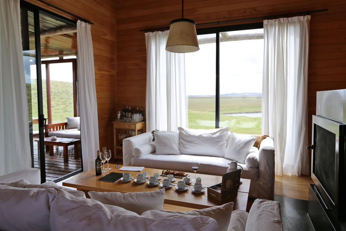Villa Maria Lodge River House